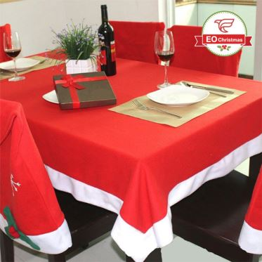 Christmas Table Linen Decoration